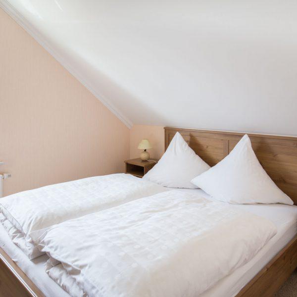 Ferienwohnungen Willingen-Wohnung5-Schlafzimmer2
